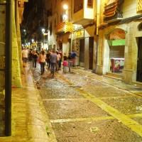 Noční ulice ve starém městě